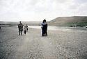 Irak 2000. Le retour de Jafar Hassan , chanteur kurde, dans son pays.      Iraq 2000. Jafar Hassan, Kurdish singer, coming back to his homeland