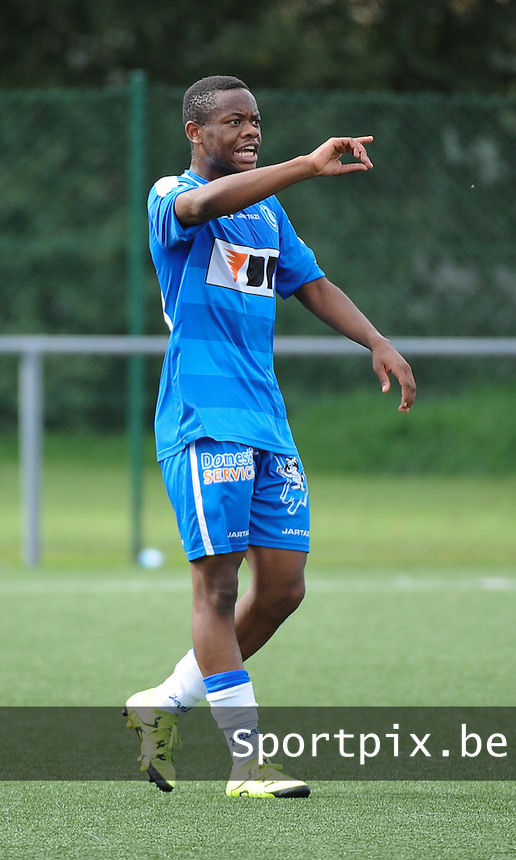 20150919 - BRUGGE , BELGIUM : Gent's Jonathan Mambabua Siya Onoya pictured during the Under 19 ELITE soccer match between Club Brugge KV and K AA Gent U19 , on the sixth matchday in the -19 Elite competition. Saturday 19 September 2015. PHOTO DAVID CATRY