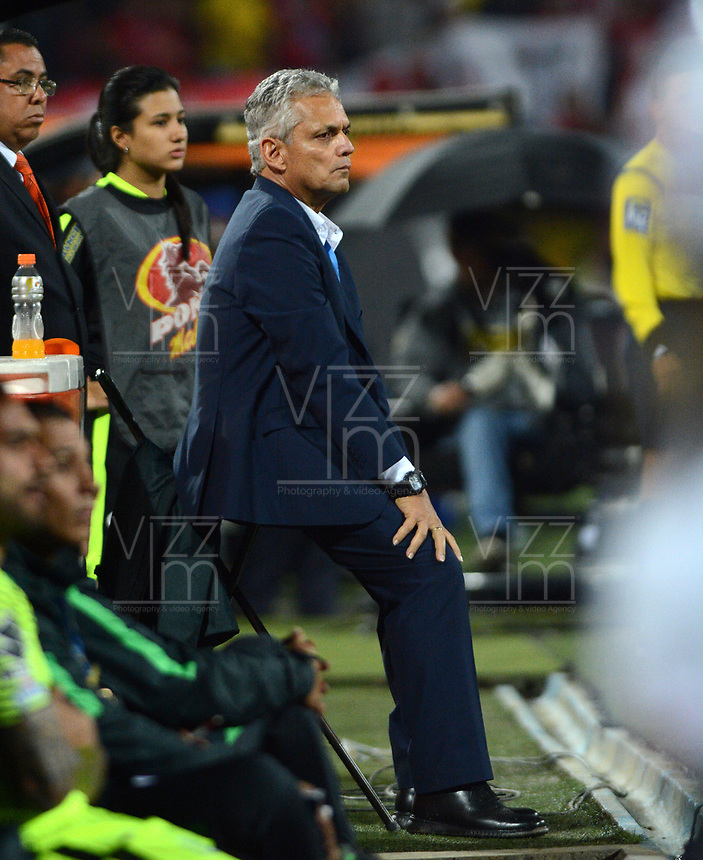 MEDELLÍN - COLOMBIA - 18-03-2017: Reinaldo Rueda, técnico de Atletico Nacional, durante partido de la fecha 10 entre Atletico Nacional y Deportivo Independiente Medellin, por la fecha 10 por la Liga Águila I 2017, jugado en el estadio Atanasio Girardot de la ciudad de Medellín. / Reinaldo Rueda, coach of Atletico Nacional, during a match of the date 10 between Atletico Nacional and Deportivo Independiente Medellin for the Aguila League I 2017, played at Atanasio Girardot stadium in Medellin city. Photo: VizzorImage / León Monsalve / Cont.