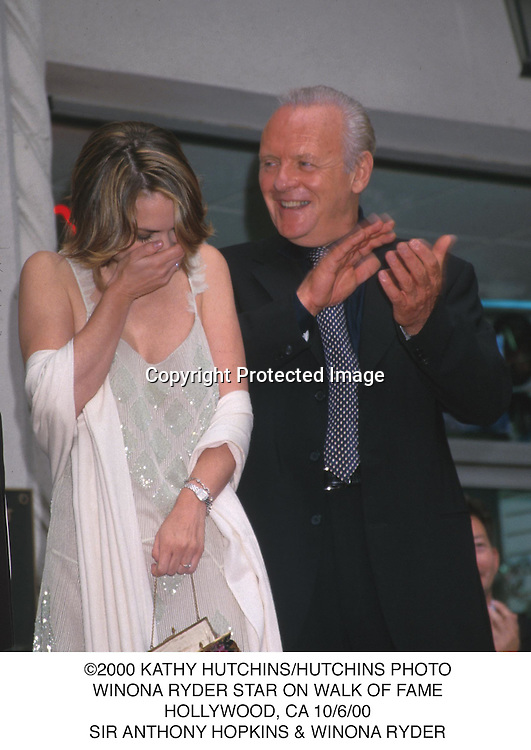 ©2000 KATHY HUTCHINS/HUTCHINS PHOTO.WINONA RYDER STAR ON WALK OF FAME.HOLLYWOOD, CA 10/6/00.SIR ANTHONY HOPKINS & WINONA RYDER