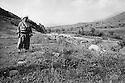 Iraq 1974 <br /> The resumption of hostilities,general Mustafa Barzani in the mountains near his headquarters  <br /> Irak 1974 <br /> La reprise de la lutte arm&eacute;e, le general Mustafa Barzani dans les montagnes du Kurdistan pres de son quartier general