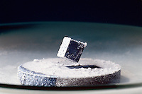 SUPERCONDUCTOR: MEISSNER EFFECT<br />