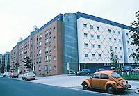 Berlin: IBA (International Bauasstellung Berlin) housing, 1984-86. Kreuzberg, Alte Jarostr. Architects Hans Kollhoff & Arthur Ovaska. Photo '88.