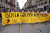 Roma 4 Giugno 2004  .Manifestazione del movimento No Global contro l'arrivo di Bush in Italia .Rome June 4, 2004.Manifestation of anti-globalization movement against the arrival of Bush in Italy..The banner reads: Here the war does not pass..