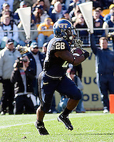 Pitt running back Dion Lewis; The WVU Mountaineers defeated the Pitt Panthers 35-10 at Heinz Field, Pittsburgh, Pennsylvania on November 26, 2010.