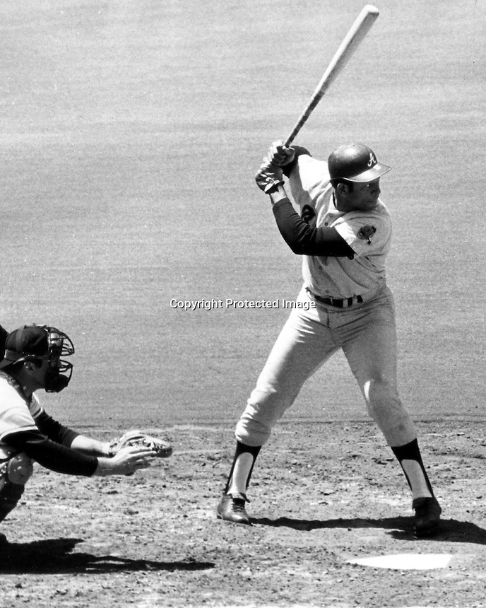 Orlando Cepeda batting for the Atlanta Braves.(1970 photo/Ron Riesterer)