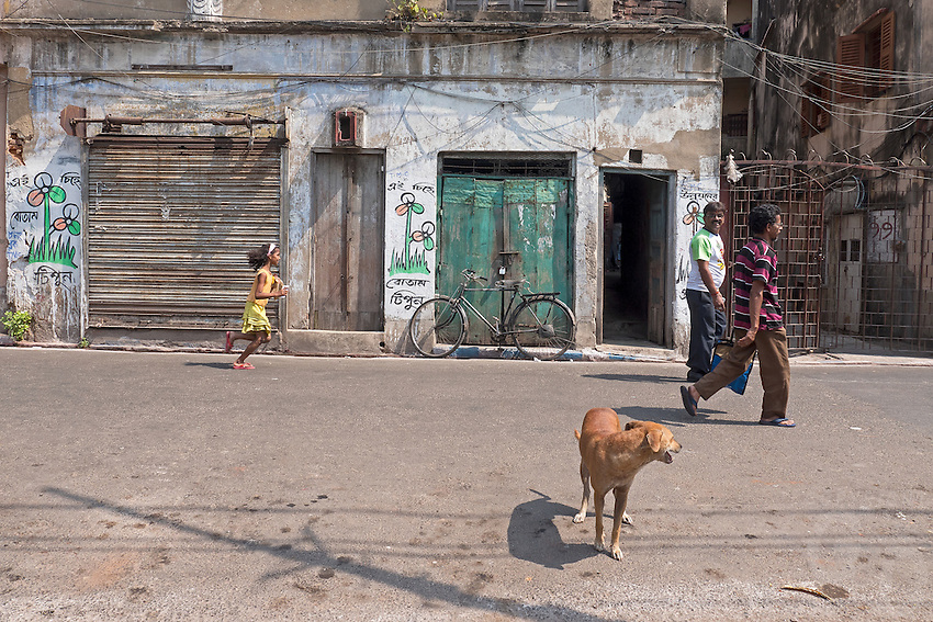 Life in the streets of Kolkata, West Bengal, India