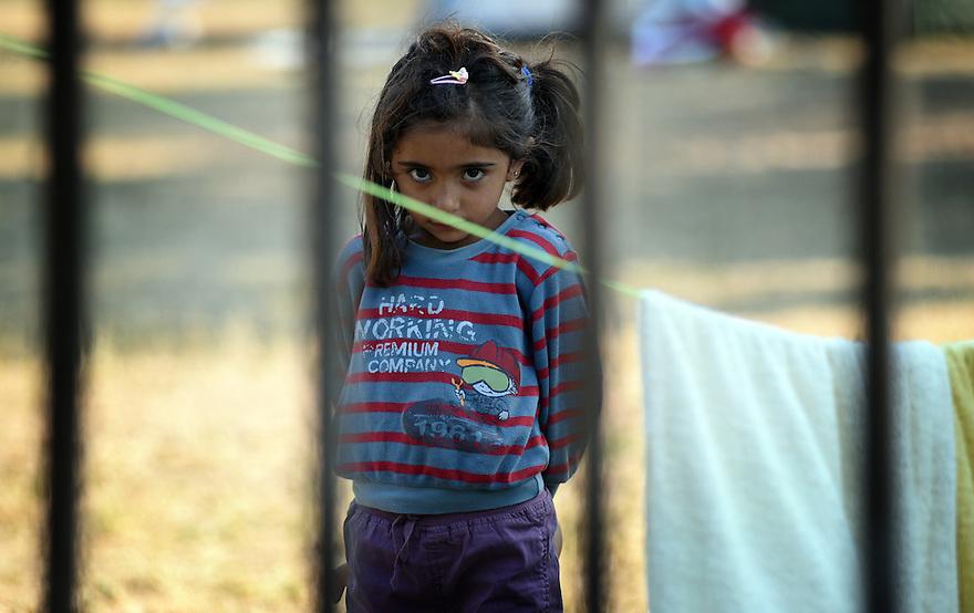 REFUGEE CRISIS IN AUSTRIA. TRAISKIRCHEN REFUGEE RECEPTION CAMP. PHOTO BY CLARE KENDALL. 12/08/15.