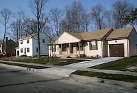 1984 March ..Redevelopment.Rosemont (R-25)..MEADOWBROOK WOODS...NEG#.NRHA#..