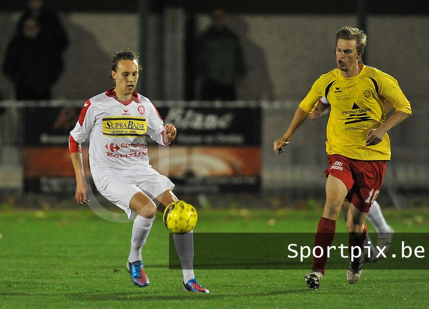OMS Ingelmunster - FC Gullegem : Kenneth Neve (links) aan de bal voor Rico Jordi (rechts)<br /> foto VDB / Bart Vandenbroucke
