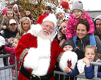 NOV 16 Christmas Parade at Frosts