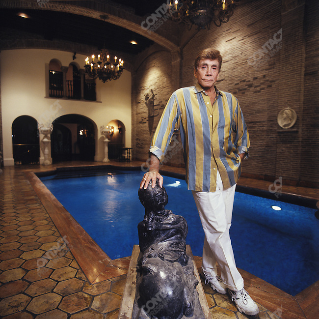 Bob Guccione, pornographer and founder of Penthouse and Viva magazines, in his East 67th Street mansion. New York City, December 6, 2005