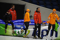 SCHAATSEN: HEERENVEEN: 31-01-2014,  IJsstadion Thialf, Training Topsport, Lotte van Beek, Peter Kolder (trainer/coach Team Corendon, Marrit Leenstra, Jan van Veen (trainer/coach Team Corendon), Jan Blokhuijsen, ©foto Martin de Jong