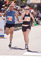 Ottawa, Ontario ---25/05/08--- Stephanie  Hodge runs during the ING Ottawa Marathon, May 26, 2008..GEOFF ROBINS /