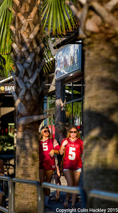 Sunshine, palm trees and the Florida State faithful in the College Town area of Tallahassee. <br />