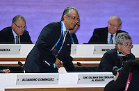 Fussball International Ausserordentlicher FIFA Kongress 2016 im Hallenstadion in Zuerich 26.02.2016 FIFA Vizepraesident  und AFC Presedent Scheich Salman Bin Ibrahim al Khalifa (li, Bahrain) und Vizepraesident Angel Maria VILLAR LLONA (Spanien, FIFA-Exekutivkomitee)