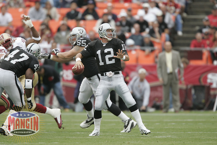 Rich Gannon. Football: Oakland Raiders vs San Francisco 49ers at Monster Park in San Francisco, CA on August 14, 2004. Photo by Brad Mangin.