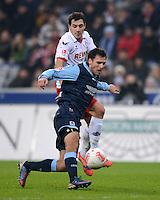Fussball 2. Bundesliga:  Saison   2012/2013,    14. Spieltag  TSV 1860 Muenchen - 1. FC Koeln  16.11.2012 Gregor Wojtkowiak (li, 1860 Muenchen) gegen Mato Jajalo (1. FC Koeln)