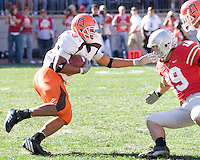 07 October 2006: Bowling Green running back Chris Bullock (33)..The Ohio State Buckeyes defeated the Bowling Green Falcons 35-7 on October 7, 2006 at Ohio Stadium, Columbus, Ohio.