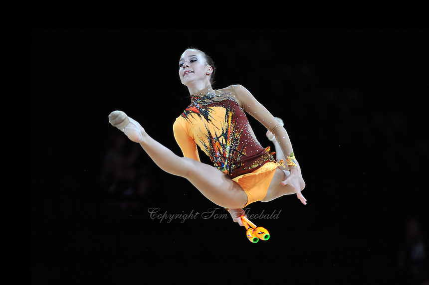 September 21, 2011; Montpellier, France;  POLINA KOZITSKIY of USA performs with clubs at 2011 World Championships.