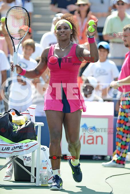FLUSHING NY- SEPTEMBER 1: Serena Williams Vs Ekaterina Makarova on Arthur Ashe stadium at the USTA Billie Jean King National Tennis Center on September 1, 2012 in in Flushing Queens. ©mpi04/MediaPunch Inc