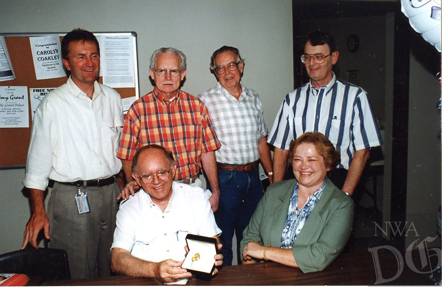 News room veterans at retirement of Charles Bickford<br /> From left, Standing<br /> Tom Stallbaumer, Buck Rogers, Jim Morriss, <br /> Seated from left, <br /> Charles Bickford, Brenda Blagg