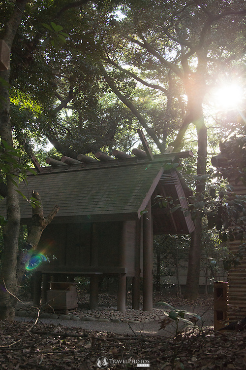 Atsuda is one of the most important shrines in Japanese Shinto.