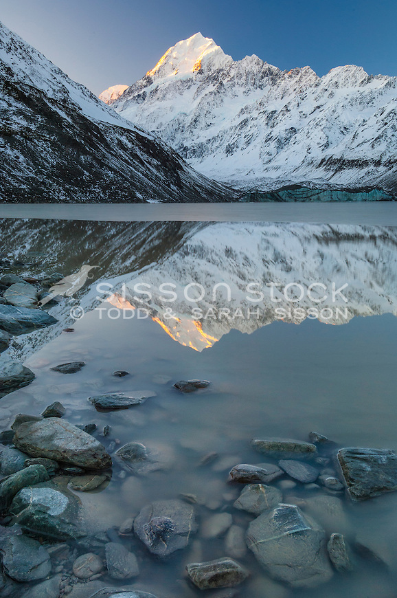 Mount Cook reflections in Hooker Lake. South Island, New Zealand