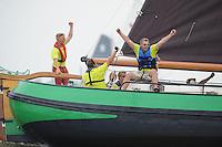 ZEILEN: LEMMER: Lemsterbaai, 08-08-2014, IFKS Skûtsjesilen, Schipper Jilles Bandstra skûtsje Lonneke B Klasse Stavoren, ©foto Martin de Jong