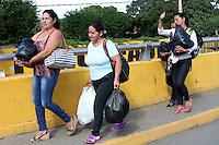 Venezolanos se abastecen de alimenos  en Cúcuta ,10-07-2016