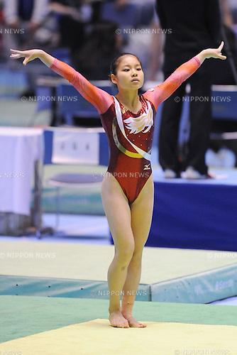 Yu Minobe (JPN), April 24th, 2011 - Artistic Gymnastics : Yu Minobe performs on the floor during the all japan Artistic Gymnastics Individual championship at Yoyogi 1st Gymnasium, Tokyo, Japan. (Photo by Yusuke Nakanishi/AFLO SPORT) [1090].