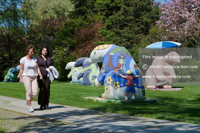 Bears sculptures are pictured near the Manitoba legislative building in Winnipeg Thursday May 26, 2011. Bears on Broadway is a signature project that commemorates the 75th Anniversary of CancerCare Manitoba.
