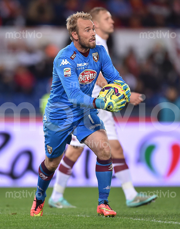 FUSSBALL INTERNATIONAL   SERIE A   SAISON  2014/2015   11. Spieltag AS Rom - FC Turin                    09.11.2014 Jean Francois Gillet (FC Turin) am Ball