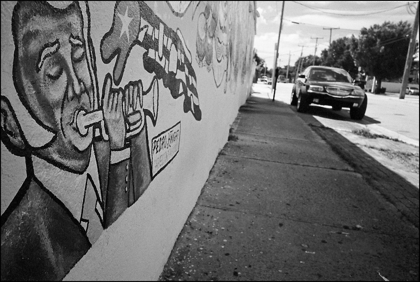 """From """"Miami in Black and White"""" series. Little Havana, 2009"""