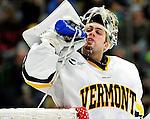 2009-11-24 NCAA: UMass Minutemen at Vermont