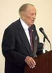 Art Linkletter speaking at a WomanSage event in 2006.