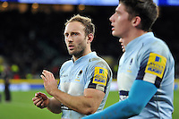 Chris Pennell of Worcester Warriors acknowledges the crowd after the match. Aviva Premiership match, between Saracens and Worcester Warriors on November 28, 2015 at Twickenham Stadium in London, England. Photo by: Patrick Khachfe / JMP