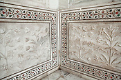 Intricate designs are seen on the walls of the Taj Mahal mausoleum in Agra, Uttar Pradesh in India. Photo: Sanjit Das/Panos pour Le Point
