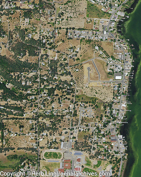 Lakeport (CA) United States  city images : aerial photograph Lakeport, Lake County, California, 2014 | Aerial ...