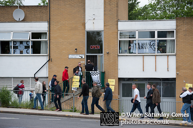 Queens Park Rangers 1 Derby County 0, 24/05/2014. Wembley Stadium, Championship Play Off Final. Derby County fans find a drinking hole ahead of the Championship Play-Off Final between Queens Park Rangers and Derby County from Wembley Stadium.  Photo by Simon Gill.