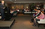 Foto: VidiPhoto<br /> <br /> APELDOORN - Ds. R. van Kooten van de Hersteld Hervormde gemeente Apeldoorn is zaterdag geridderd. De versierselen behorend bij koninklijke onderscheiding Ridder in de Orde van Oranje-Nassau werden hem opgespeld door de loco-burgemeester van Apeldoorn Hans Brouwer. Ds. Van Kooten was zaterdag precies 40 jaar predikant. In zijn dankwoord noemde Van Kooten als meest ingrijpende gebeurtenis in zijn leven, de breuk in de Nederlandse Hervormde Kerk van 2004. Foto: Toespraak van Koos de Jong.
