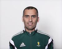 FUSSBALL Fototermin FIFA WM Schiedsrichterassistenten 09.04.2014 Yaser TULEFAT (Bahrain)