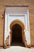 Arabesque arch to the inner courtyard of the  Alaouite Ksar Fida built by Moulay Ismaïl the second ruler of the Moroccan Alaouite dynasty ( reigned 1672–1727 ). Residence of the Khalifa or Caid of Tafilalet until 1965. Tafilalet Oasis, near Rissini, Morocco