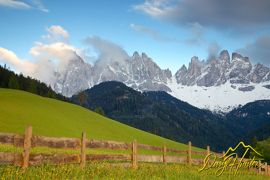 Olde Range, Val di Funnes, Dolomite Mountains, South Tyrol, Italy