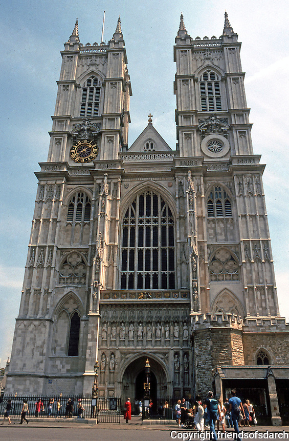 London: Westminster Abbey. West Facade, Nicholas Hawksmoor. Photo '05.