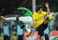 FUSSBALL   1. BUNDESLIGA   SAISON 2011/2012   23. SPIELTAG Borussia Dortmund - Hannover 96                        26.02.2012 Mame Diouf (li, Hannover) gegen Mats Hummels (re, Borussia Dortmund)