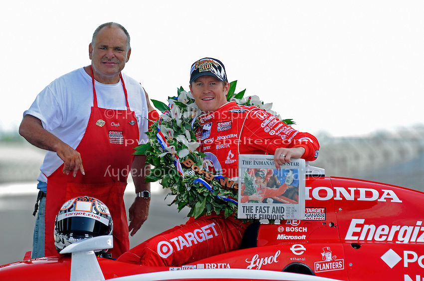 25 May 2008, Indianapolis,Indiana USA.2008 Indy 500 Champion Scott Dixon with newspaperman and track icon, Chuck..©2008 F.Peirce Williams USA.