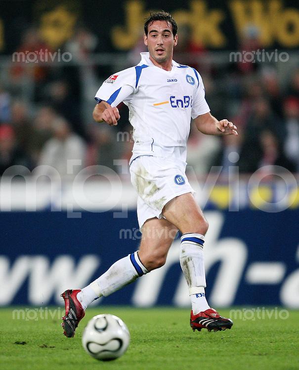 Fussball  1. Bundesliga  Saison 2006/2007 Mssimilian PORCELLO (Karlsruher SC), Einzelaktion am Ball