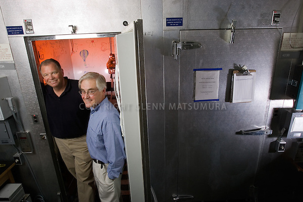 Stanford's Craig Heller and Dennis Grahn, designers of RTX cooling system