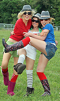 08/07/'10 Chloe Coyne from Mullingar, Anna Smith  and Eimear Reilly from Edgesworthtown pictured arriving at Punchestown, Co. Kildare this evening for the start of the Oxegen Festival 2010...Picture Colin Keegan, Collins, Dublin